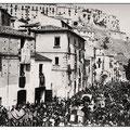 Fine anni '40 - Processione San Francesco su via Margherita (f.to L.Policastri)