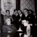 Il sindaco di Corigliano Calabro, avv G.B. Leonetti dà il benvenuto a Fanfani e agli altri parlamentari