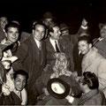 1959 Foto ricordo. Tra gli altri, da sx, Ciccillo Longo(mio zio), Pierino Trebisonda, Ernesto Spezzano, Totonno De Gaetano, Mimmo Taverna,  Tonino Candia(al centro seduto, dovrebbe essere Totonno Scorzafave-foto di P. Spezzano)
