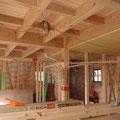 リビングの天井 本物(木材)の化粧組