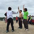 選手宣誓!去年優勝した桃香と札医の石井くんです。