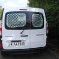 Grille de protection porte AR sur Renault Kangoo