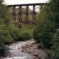 Eisenbahnbrücke, der Rest vom Kupferboom