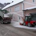 Fräsen und Abtransportieren von Schee, Leonstein