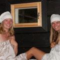 Maria und Conny in Finnland, Sauna...
