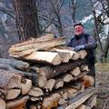 viel Holz vor der Hütten!