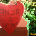 Pappmache-Herz mit Namen für Geldgeschenke - stehend
