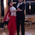 Nadine Schmidt und Claus-Dieter Erhard vom ETSV 09 beim Langsamen Walzer