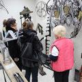 Экскурсию по музею художественной ковки проводит смотритель экскурсовод В. И. Фролова