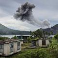 Eruption des Tavurvur (= Hornissennest) Matupit Island, Papua-Neuguinea © Martin Siering Photography