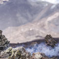 Erstarrter, noch nicht ganz abgekühlter Lava Flow vor dem Gipfelkrater des Etna  © Martin Siering Photography