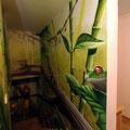 Dschungel im Treppenhaus Berliner Loft Airbrush Graffiti Tiermotiv