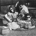 HARRY BREDOW als talentenscout met zijn ontdekking THE ELJOYS (Uit Tuney Tunes - augustus 1961)