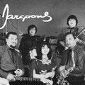 THE JARGOONS vlnr: Bob Glasmacher - Miel van den Abeelen - Eddy Glasmacher - Linda Glasmacher - John Glasmacher (sax) - Jimmy Glasmacher (bas) - Noek van den Abeelen