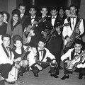 THE DYNAMITES 1960 met Anneke Grönloh en The Blue Diamonds
