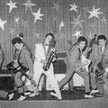 The Eastern Aces (1962) met gitarist Harry Bredow (2e van links) en Joop Olivier Ketting (rechts naast de saxofonist)