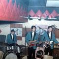 THE JAGUARS (Yvonne Bar 1964) vlnr: Tom Wieringa -  Hans Consten - Frank Westerkamp