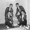THE HUNTING WOLVES 1963 (tijdens optreden Loosduinen)