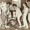 THE BRINKMAN BROTHERS (1965-1966) vlnr: Jos Brinkman, Peter de Sadeleer, Freddy ?, Harvey Brinkman en Gerry Brinkman.