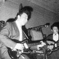 THE PACIFICS Nono en Dolf de Vries in actie op hun Jazzmasters