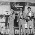 THE FENDER ROLLERS 1963 vlnr: Herbert Hooijkaas - George Gabriël - Sammy Faverey - Rudy van Dünge Bille