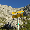 beim G'hacktenbrunnen hab ich Richtung Trawiessattel abgebogen