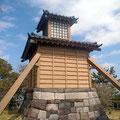 灯明堂 慶安元年(1648)幕命により建立 観音埼灯台が出来るまで海の安全を守った