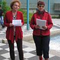 Dritte Bürgermeisterin Brigitte Netta und Frau Hensel