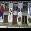Instalação de Renata Carneiro e Rosa Puente  em edificio da cultura em Palaiseau- Paris