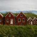 Elfenhäuser bei der Strandarkirkja an der SW-Küste