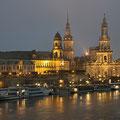 Dresden bei Regen in der Nacht I
