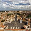 Blick über Rom von der Kuppel des Petersdoms