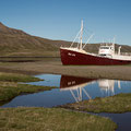Gestrandetes Schiff im Patreksfjördur (Westfjorde)