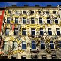 Bleichstraße Graffiti Frankfurt Germany streetphoto by Mary Kwizness
