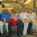 Hans-Josef Wüst, Dr. Thomas Leder, Rolf Glaser und Moni Misterek: fertig zum Abflug