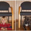 Wir sitzen UNTER dem Stuhl