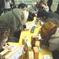 Lo stand dei mattoni per la ricostruzione a Bilbolbul 2013