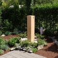 Eichenstele naturbelassen, Astlöcher mit Zinn ausgegossen, 24x24 cm Kantenlänge, 120cm hoch