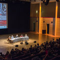 """""""Die Franzosen kommen"""" - der traditionelle Gastland-Abend zur Frankfurter Buchmesse in der Bundeskunsthalle. Zu Gast waren Annie Ernaux, Shumona Sinha und Christophe Boltanski. (c) Jennifer Zumbusch"""