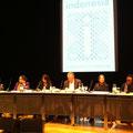 Die Indonesier sind da! Dorothea Rosa Herliany, Christa Saloh-Förster, Laksmi Pamuntjak, Berthold Damshäuser, Tatjana Pastor, Agus R. Saranjo (vlnr) (c) Literaturhaus Bonn