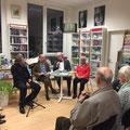 """Knut Ødegård (""""Die Zeit ist gekommen"""") zu Gast in der Röttgener Buchhandlung. Mit Lektor Wolfgang Schiffer, Moderator Thomas Fechner-Smarsly und Übersetzerin Åse Birkenheier. (c) Literaturhaus Bonn"""
