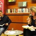 Norbert Hummelt und Sabine Schiffner stellen das Werk von Rolf Persch vor © Lilian Szokody