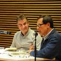 """Buchpremiere: Jürgen Wiebicke stellte im Literaturhaus sein neues Buch """"Zu Fuß durch ein nervöses Land"""" vor. Moderiert wurde der Abend von David Eisermann. © Literaturhaus Bonn"""