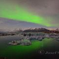 Monatsbild März 2015 - Polarlicht Island 2015 - Nikon D4 - 1,8/20 - 1,8/8sec. - ISO 1250 - Stativ