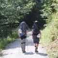 Von Hammersbach auf Wanderwegen Richtung Höllentalklamm