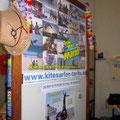 Menschen um Free your Mind kiteboarding