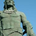 """Pelicar, Mencey von Icod – gehörte wie Tegueste zum aufständischen Nordbund  """"De Lugo hatte zuerst Glück auf Teneriffa, denn Añaterve, der Mencey von Güímar kollaborierte mit ihm. Er gründete mit den Königen der südlichen Regionen einen Friedensbund."""""""