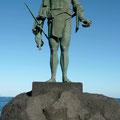 """Pelicar, Mencey von Icod  """"Wissen Sie, die Altkanarier haben sich äußerst effektiv ernährt, sie waren fit und durchtrainiert, haben Sie mal eine dieser Statuen gesehen?"""" Ignacia Ríos"""