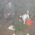 25.10.: 1 Fuchs wurde am Vorabend erlegt & nicht gefunden, am Tag danach konnte ich ihn mit Rocky nach ~100m Nachsuche finden. Kira hat die selbe Strecke dann auch noch brav (frei und von mir unbeabsichtigt) nachgesucht (während wir das Foto machten) :-)