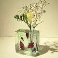「終わりと、始まり-花器-」2012年 ガラス、銅板 キルンキャスティング